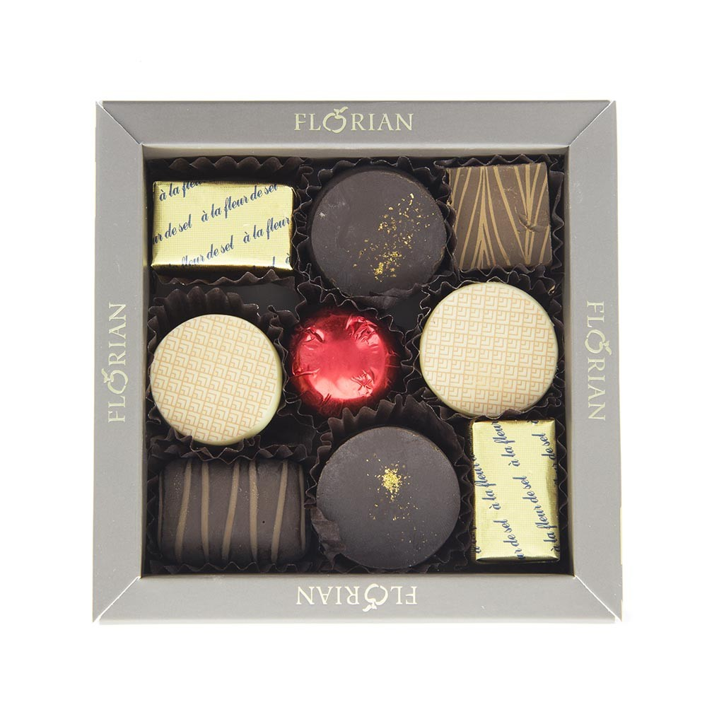Box of 9 chocolates - Silver gift box