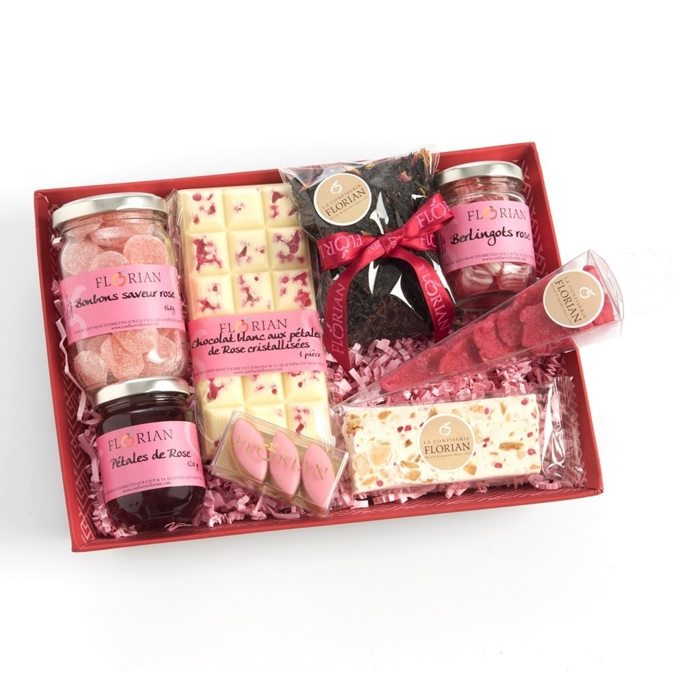 All about the rose gift basket by Confiserie Florian